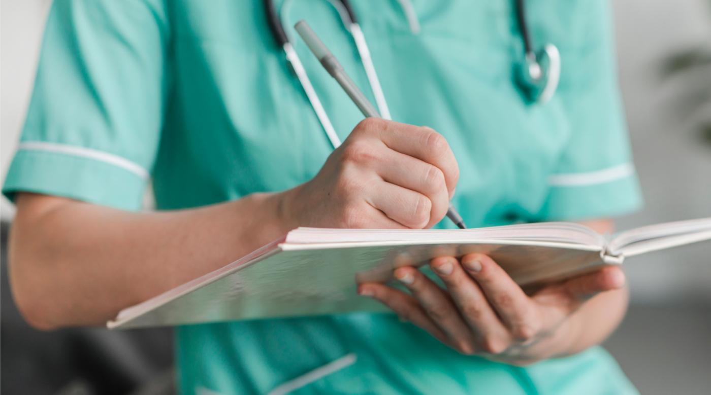 Auxiliar de Enfermería: 238 plazas en Aragón